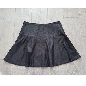 Club Monaco Black Mesh Pleather Mini Skirt Sz 4